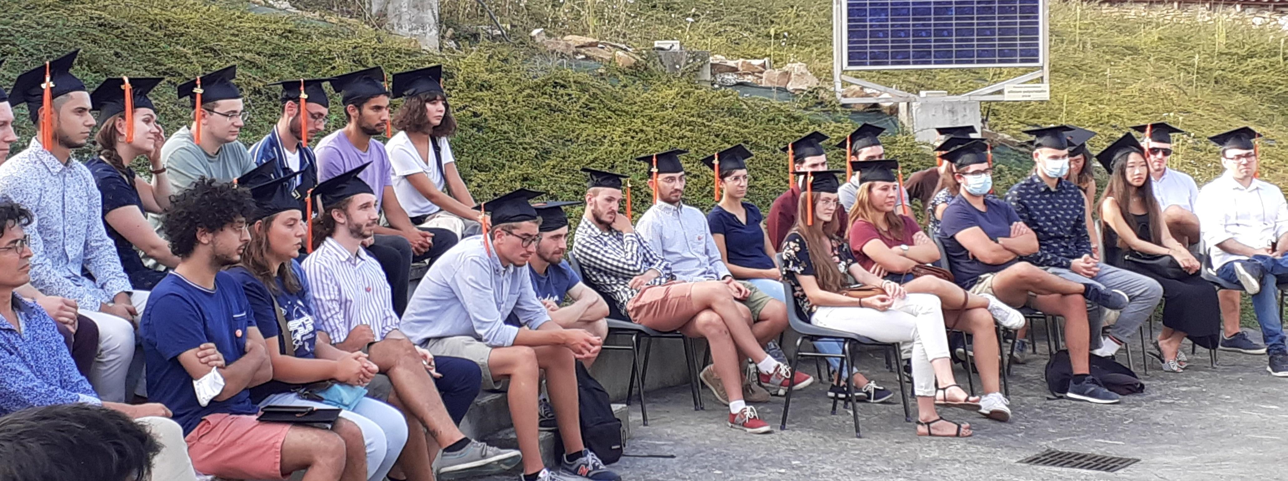 les diplômés